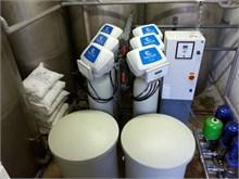 De compactheid van de AmyTech bronwatersystemen. Het aantal flessen is variërend en afhankelijk per situatie.